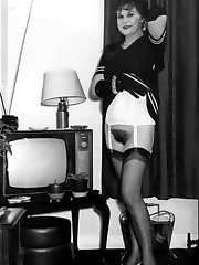 British 1960s nyloned brunette home showing hairy minge!