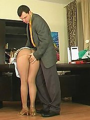 Mature secretary in torn tights getting nailed right on the working table