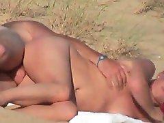 I Am A BeachVoyeuR 8 BVR