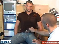 Military straight guy get sucked in spite of him by a gay guy !