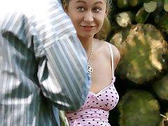 Teenie gets seduced by man