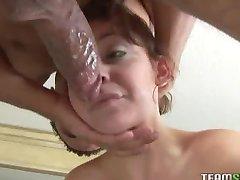 brunette Chanel Chavez deepthroats cock