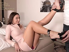 julie skyhigh best shoejob EVER in arched louboutin heels