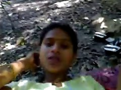 Hot southindian Girl fucking her BF in Outdoor