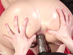 Hot blonde AJ Applegate finds herself under the control of dominatrix Goddess Lorelei Lee....