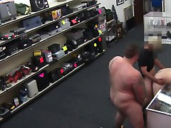 Straight dudes anal in a pawnshop deal