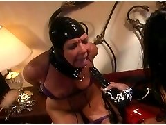 Latex slave is very obedient
