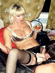 Fresh pictures of real swingers and home groupsex