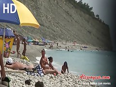 College voyeur vids from nude beach will turn you on