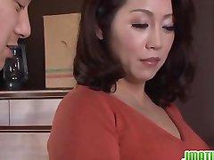 Hot mature babe Neko Ayami