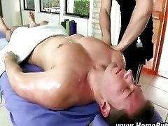 This muscley straighty gets sucked off
