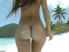 epic ass at the beach