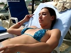Babes in tiny bikinis proudly shaking tits