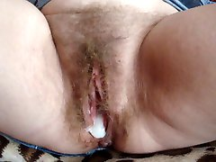 MY WIFE LOVES CREAM PIE