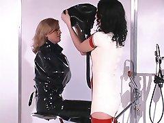 Hot blonde chick loves rubber bondage