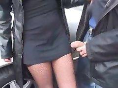 Betrunkene Frau wird gefickt - Outdoor
