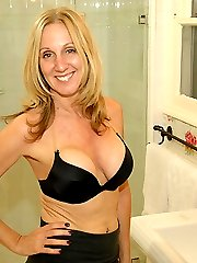 Mom Jenna Covelli Loves To Handjob her Sons Friends - Over 40 Handjobs Videos