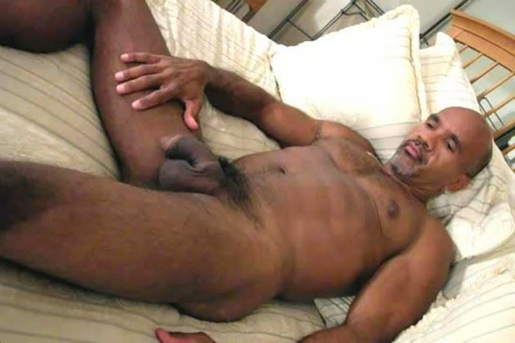 Hot Black Daddy Nude