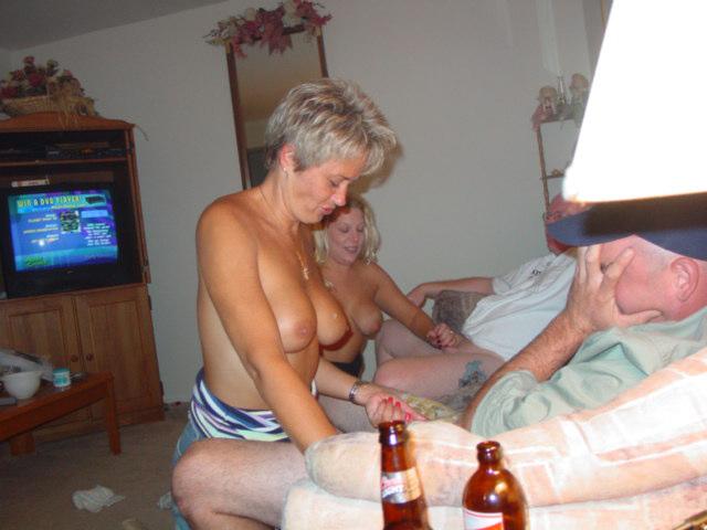 Young breast feeding porn