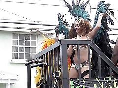 Rihanna: Carnival ASS Sexy Booty - Ameman