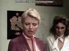Juliet Anderson, Lisa De Leeuw, Little Oral Annie in classic