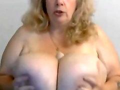 Granny BBW with huge boobs