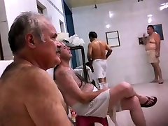 Str8 spy pakistani daddy in public bath