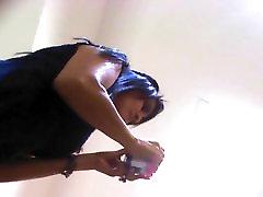 girl with black stocking upskirted