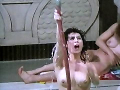 Sarah Miles Nude & Hairy