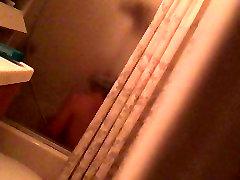 Spy orgasm masturbation in the shower hot MILF with vibrator