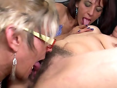 Mature lesbian moms seduce young girls