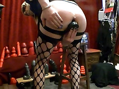 B51 DILDO AND THE ASS SERVANT BUTT PLUG FROM 3,75 INCH WIDE