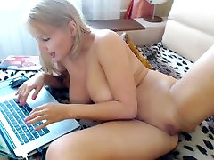 Blonde with big natural tits on webcam