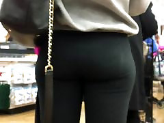 Big Booty & Beyond CANDID PAWG
