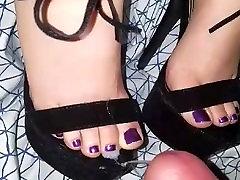 Cum on her feet in heels
