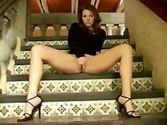 Hot girl masturbating and squirts - Enjoyablecams.com