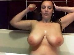 Cam girls huge boobs - www.livelycams.net