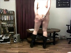 Maddie Plays a Dirty Online Stripping Game With Coworker ans Masturbates!!