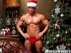 Santa Claus Is Coming To Town Hot Solo Santa Pictures and Santa Stripping