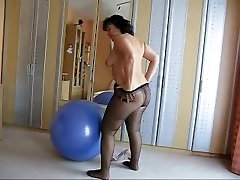 Chubby mature in pantyhose on a ball