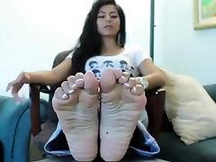 Gia Feet Show 01