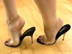mules mature feet sole soles shoes
