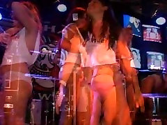 Girl exposing her ass & titties in durty harrys wet t shirt contest