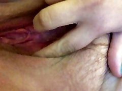 Playing with my fat bbw pussy to orgasm