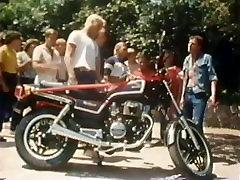 Class Reunion 1984, Vintage Trailer