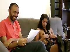 A beautiful Indian of New Delhi make a porn casting