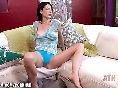seksikäs alaston nainen pillua nuollaan