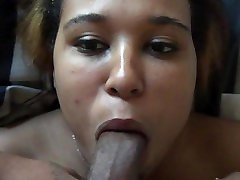 Face fuckng queen latina sucks it like a champ