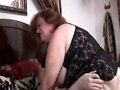 Big White Chick Sucks and Bounces Fat Ass