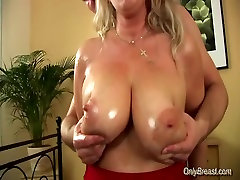 Big breasts babe gets fucked and does oral job hard